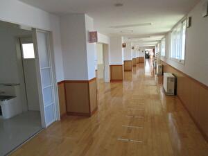 からっぽ廊下